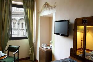 B&B A Florence View, Bed and breakfasts  Florence - big - 36