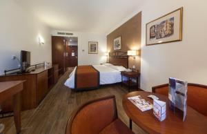 Golden Tulip Vivaldi Hotel, Hotely  St Julian's - big - 4