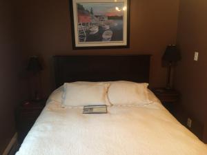 """Номер с кроватью размера """"queen-size"""" или 2-спальной кроватью"""