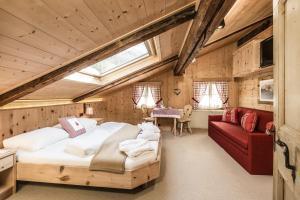 Hotel Oberraindlhof, Hotely  Senales - big - 3