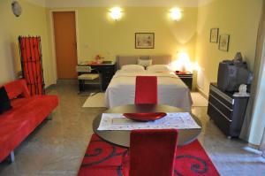 Hotel Boutique Pellegrino, Отели  Мостар - big - 3