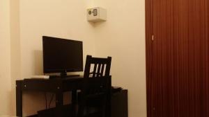Economy Single Room Interior