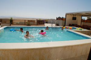 Avrio Red Sea Apartments, Apartmanhotelek  Gurdaka - big - 56