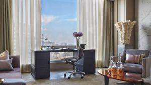 Four Seasons Hotel Toronto (36 of 49)