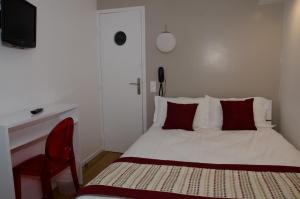 Adjacent Rooms (4 persons)
