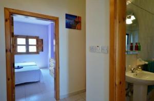 Mellieha Centre 2 bedroom, Apartmány  Mellieħa - big - 3