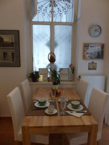 Stadtnest B&B Wien, Bed and breakfasts  Vienna - big - 17