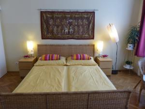 Stadtnest B&B Wien, Bed and breakfasts  Vienna - big - 4