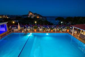 Hotel Parco Cartaromana - AbcAlberghi.com