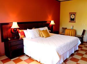 Hotel Villa del Sol, Отели  Пуэрто-Кортес - big - 2
