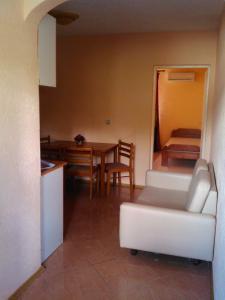 Apartments Bulatović, Апартаменты  Бар - big - 16