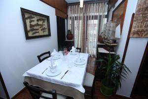 Antipatrea Hotel, Hotely  Berat - big - 41