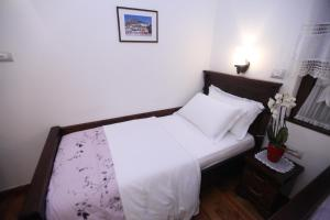 Antipatrea Hotel, Hotely  Berat - big - 23