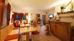 Villa Ortensia, Aparthotels  San Vigilio Di Marebbe - big - 72