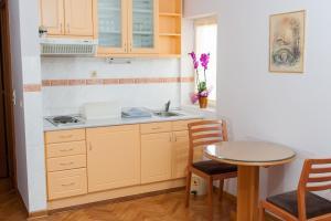 Villa Romantika, Apartmány  Zlatibor - big - 30