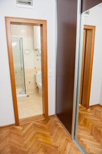 Villa Romantika, Apartmány  Zlatibor - big - 75