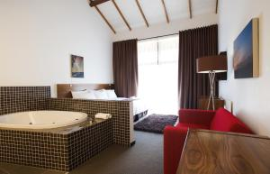 Golden Gate Hotel and Chalets, Hotely  Clarens - big - 21