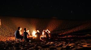 Marhaba Camp, Camel & Sandboarding, Luxury tents  Merzouga - big - 58