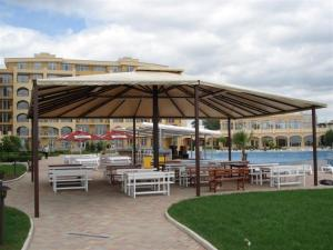 Apartment in Midia Grand Resort, Apartmány  Aheloy - big - 25