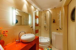 Apartament Spa&Wellnes, Apartmanok  Kołobrzeg - big - 12