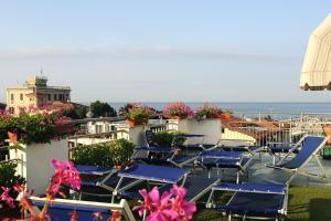 Hotel Daisy, Hotely  Marina di Massa - big - 44