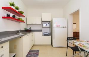 Kfar Saba Center Apartment, Апартаменты  Кфар-Сава - big - 4
