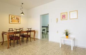 Kfar Saba Center Apartment, Апартаменты  Кфар-Сава - big - 5