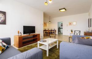 Kfar Saba Center Apartment, Апартаменты  Кфар-Сава - big - 6
