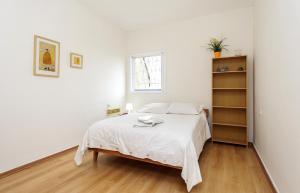 Kfar Saba Center Apartment, Апартаменты  Кфар-Сава - big - 9