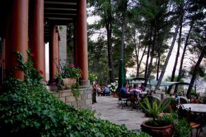 Hotel Castle Park, Отели  Берат - big - 45