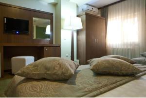 Hotel Royale, Hostels  Galaţi - big - 23