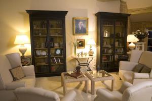 Hostellerie Le Roy Soleil, Hotely  Ménerbes - big - 24