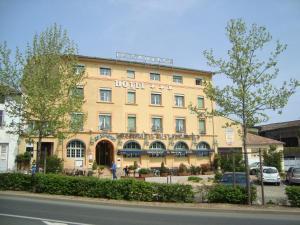Hôtel Le Sauvage, Szállodák  Tournus - big - 1