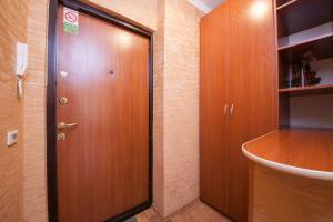 Kvartirov Apartment at Surikova, Ferienwohnungen  Krasnoyarsk - big - 2