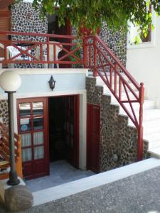 Villa Kasteli (Perissa)