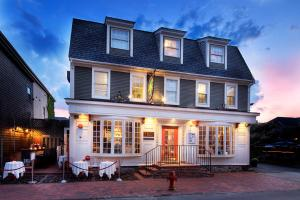 Bouchard Restaurant & Inn, Penziony – hostince  Newport - big - 41