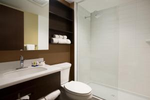 Microtel Inn & Suites by Wyndham Whitecourt, Hotely  Whitecourt - big - 4