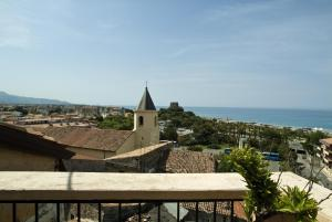 B&B Lavinium, Bed & Breakfast  Scalea - big - 27
