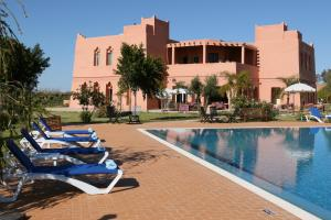 Les Riads de Jouvence, Bed and Breakfasts  Oulad Mazoug - big - 34