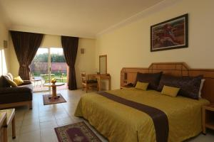Les Riads de Jouvence, Bed & Breakfast  Oulad Mazoug - big - 17
