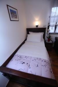 Antipatrea Hotel, Hotely  Berat - big - 8