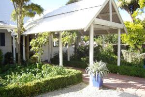 Oakhampton Lodge, Отели типа «постель и завтрак»  Rangiora - big - 13