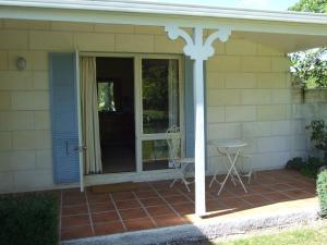Oakhampton Lodge, Отели типа «постель и завтрак»  Rangiora - big - 4