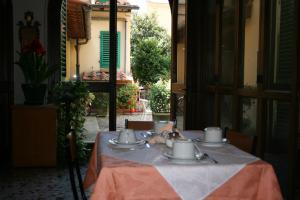 Casa per Ferie Regina Santo Rosario, Bed and Breakfasts  Florencie - big - 27