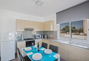 Nicholas Seaview Apartments, Apartmány  Protaras - big - 8