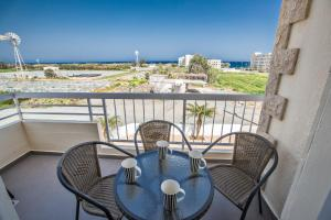 Nicholas Seaview Apartments, Apartmány  Protaras - big - 16