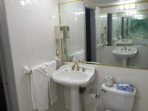 King Room with Spa Bath - Non Smoking