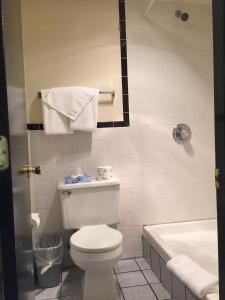 King Room with Spa Bath - Smoking