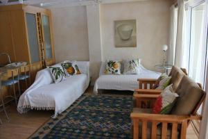 1 Point Village Guesthouse & Holiday Cottages, Apartmanok  Mossel Bay - big - 2