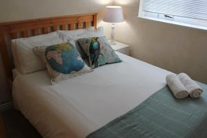 1 Point Village Guesthouse & Holiday Cottages, Apartmanok  Mossel Bay - big - 49